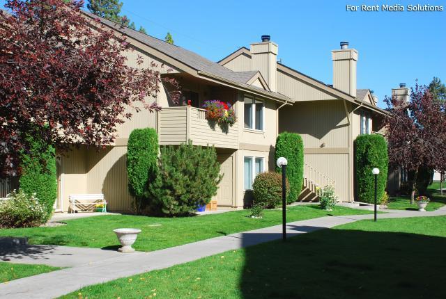 Cedar Willow Apartments photo #1