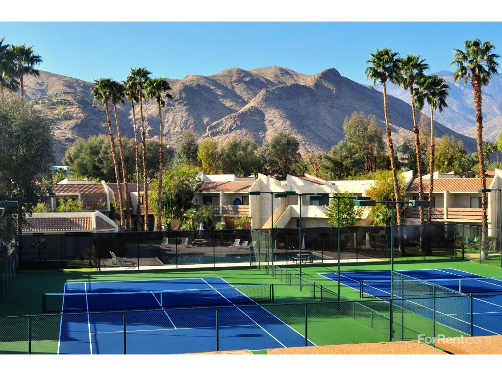 Palm Springs Apartments La Mesa