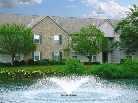 Waterford Pointe Apartments photo #1