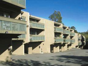 Casa del lago apartments covina ca walk score for Casa lago apartments