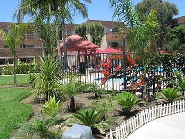 Springdale Villa Apartments, Garden Grove CA - Walk Score