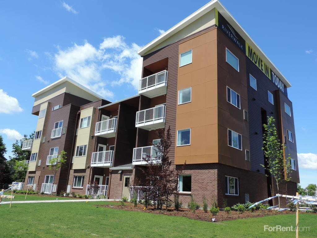 Green Leaf Riverwalk Apartments Eugene Or Walk Score