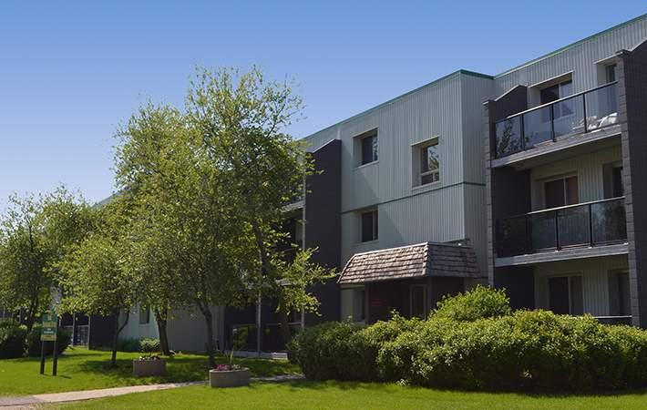 100 Donwood Drive Apartments Photo #1
