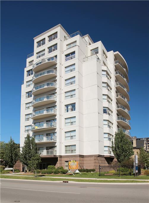 544 Talbot Street Apartments photo #1
