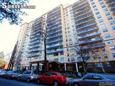 Jamaica estates new york ny walk score for 175 20 wexford terrace