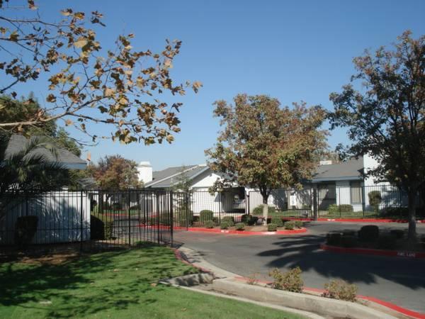 Gates Villas Apartments Fresno