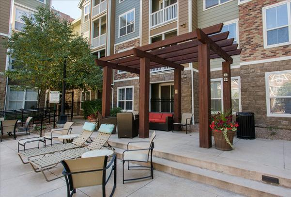 Colorado Pointe Denver Apartments