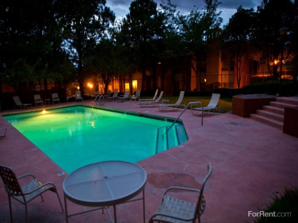 Mesa Del Oso Apartments photo #1