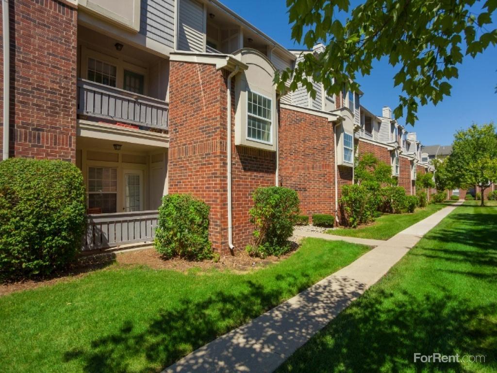 Fairlane Meadow Apartments Dearborn Mi Walk Score