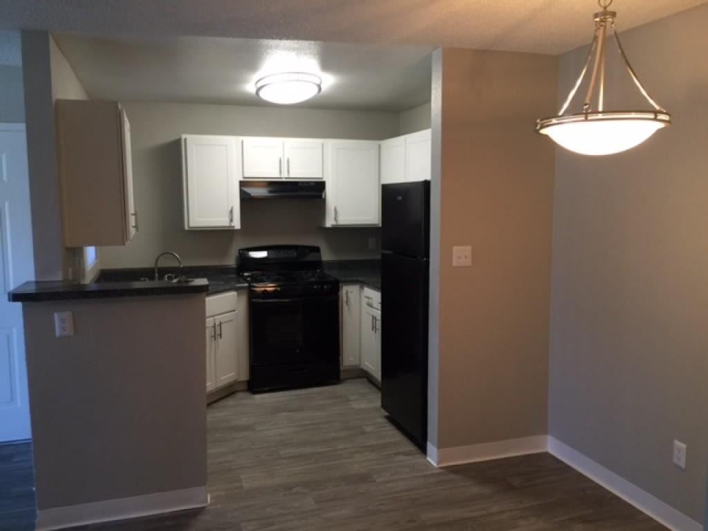 Sterling Point Apartments, Phoenix AZ - Walk Score