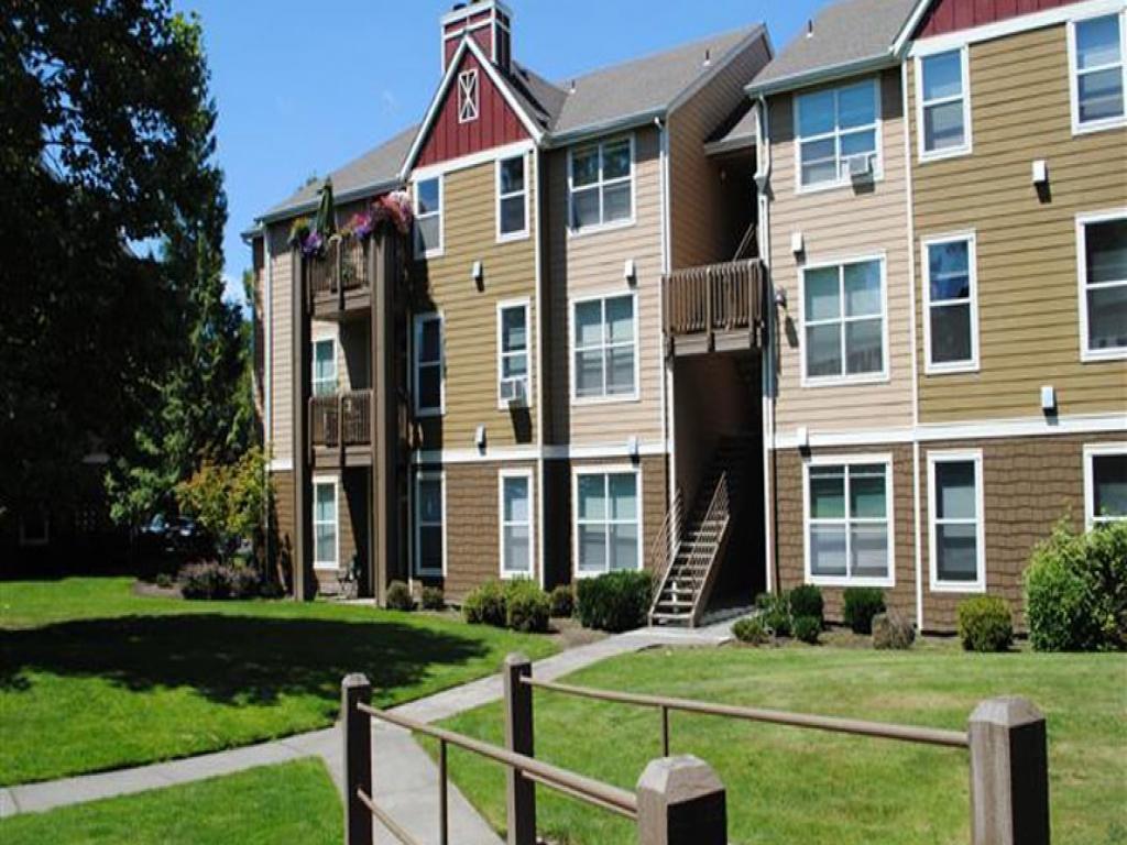 Commons at Verandas in Tanasbourne Apartments photo #1