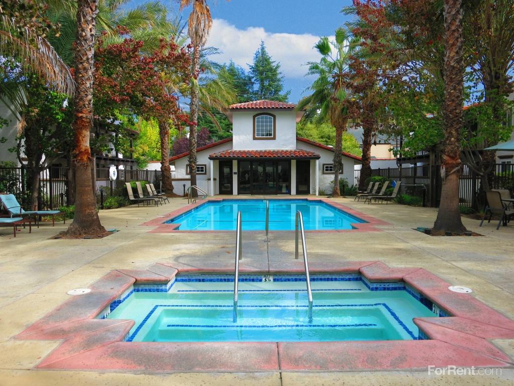Montecito Villas Apartments photo #1