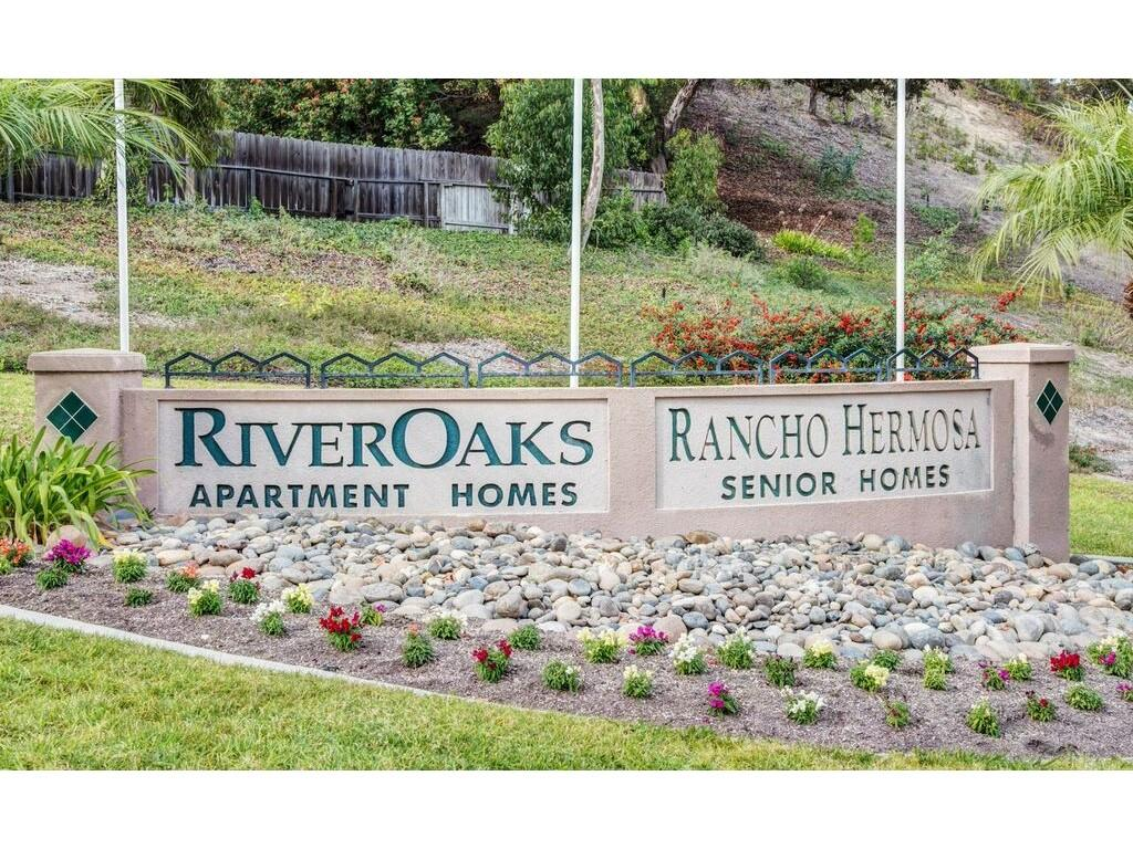 River Oaks Apartments Oceanside Ca Walk Score