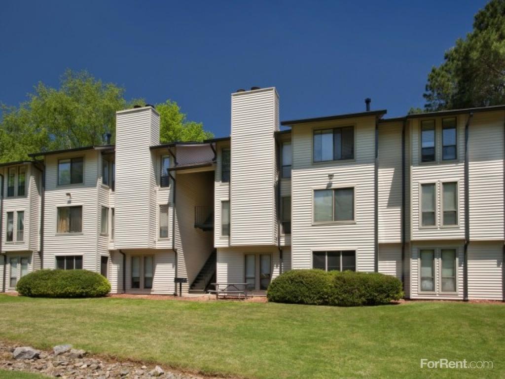 Seven Pines Apartments, Roswell GA - Walk Score
