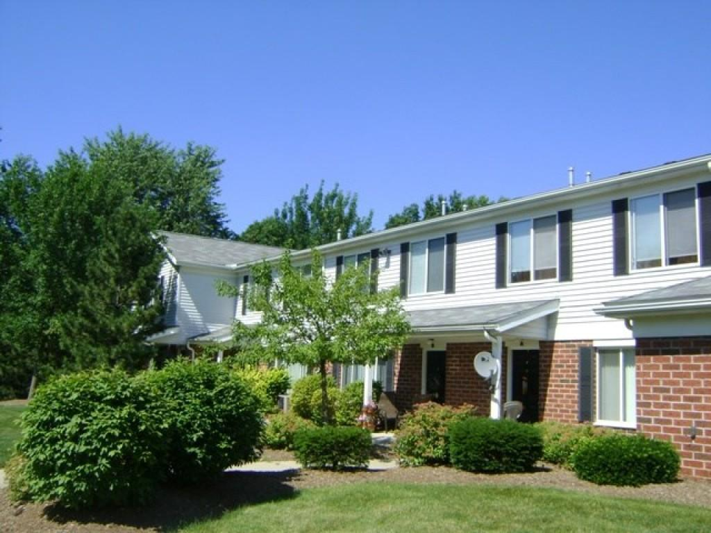 Big Creek Apartments and Townhomes photo #1