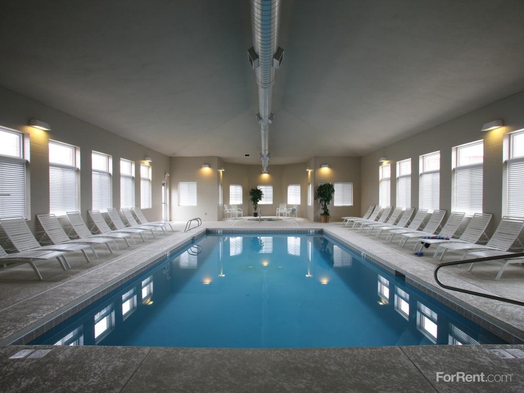 Pinebrook Apartments photo #1