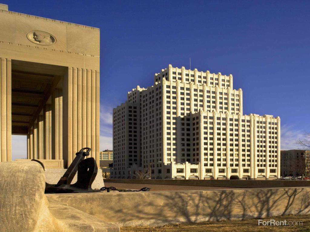 Park Pacific Apartments St Louis Mo