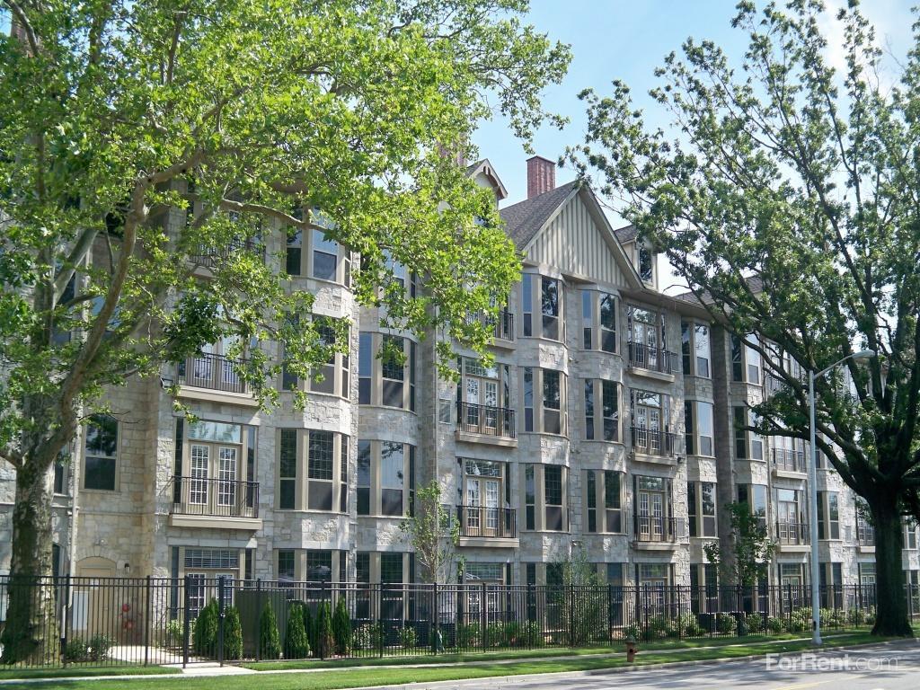 Mansion at Bala Apartments photo #1