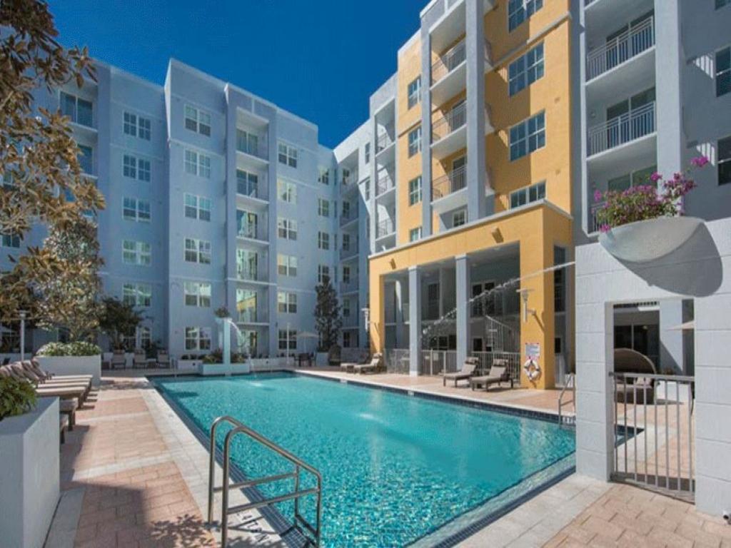 Milagro Coral Gables Apartments photo #1