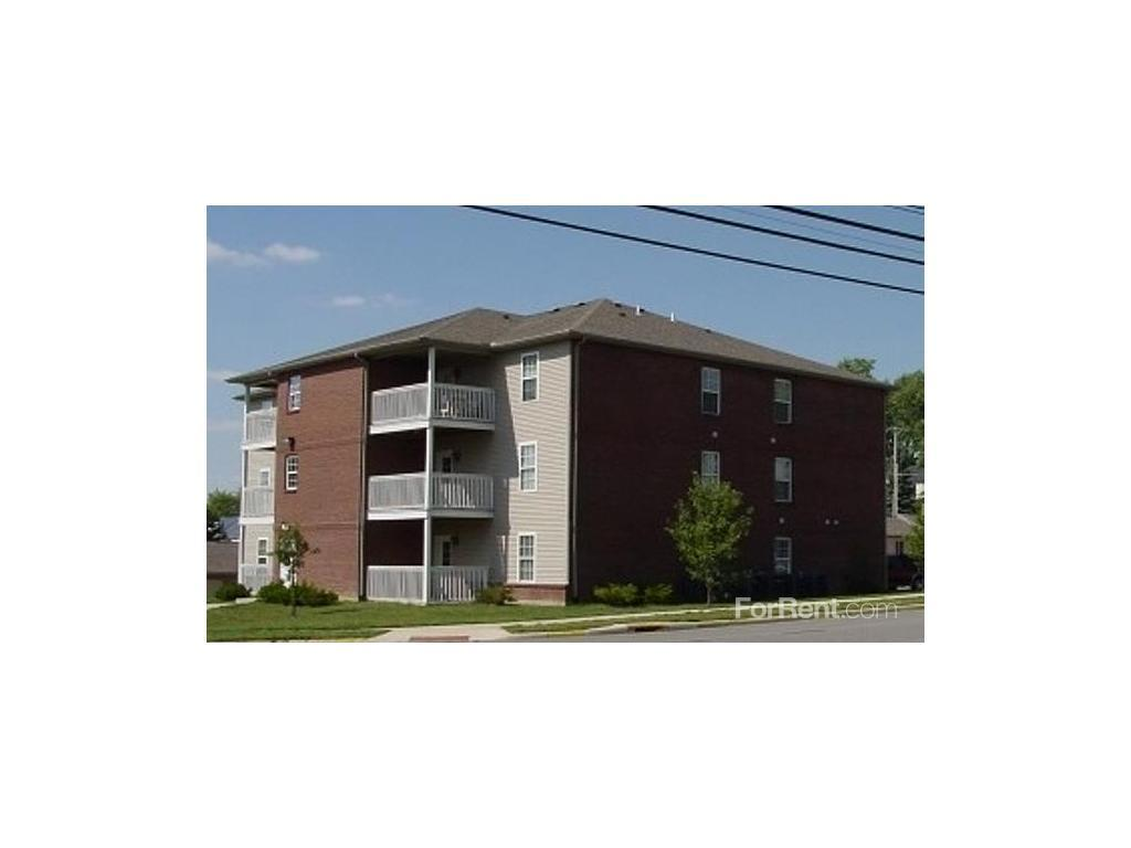 Towne Center Apartments - The rent at Towne Center Apartments ranges from $475 for a one bedroom to a $675 three bedroom