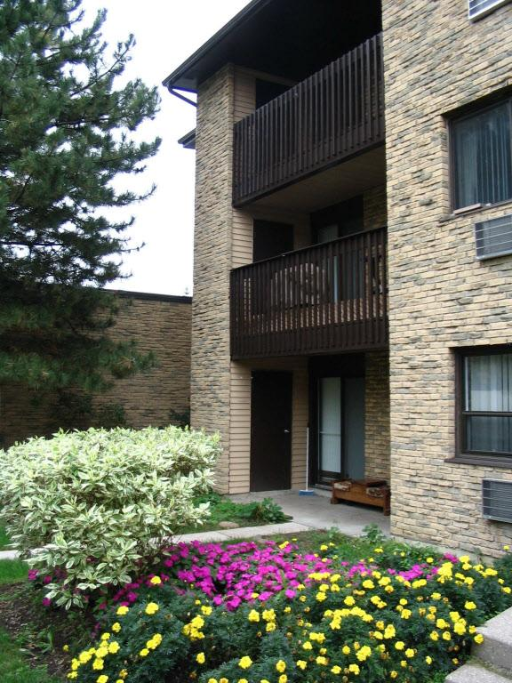 Rouge Valley Residence Apartments photo #1