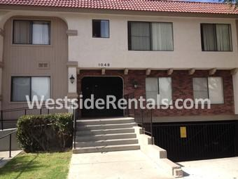 1049 Winchester Ave photo #1