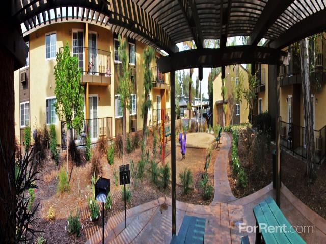 The Park At Rialto Apartments