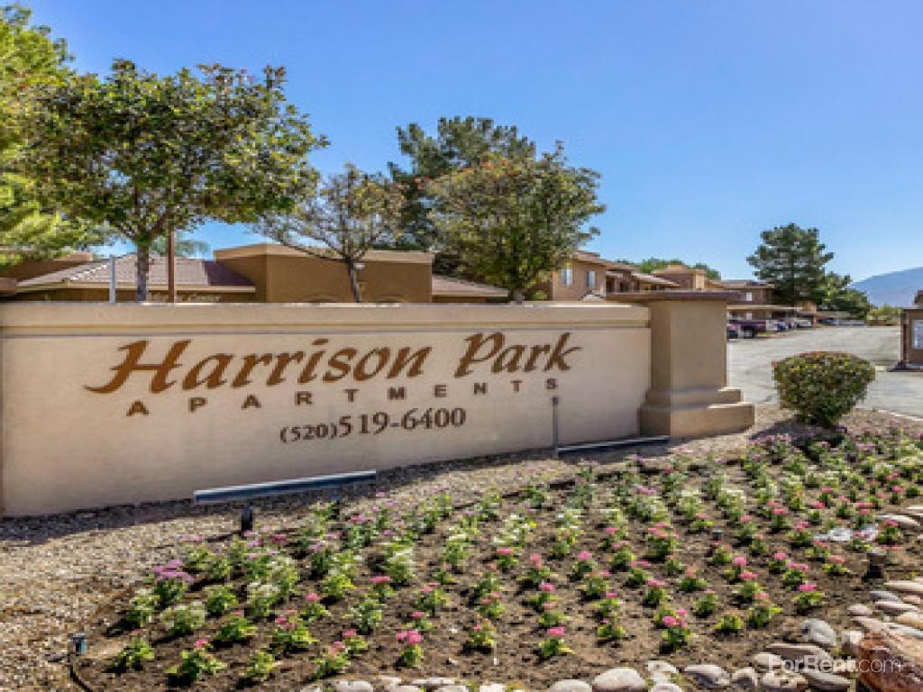 Harrison Park Apartments photo #1