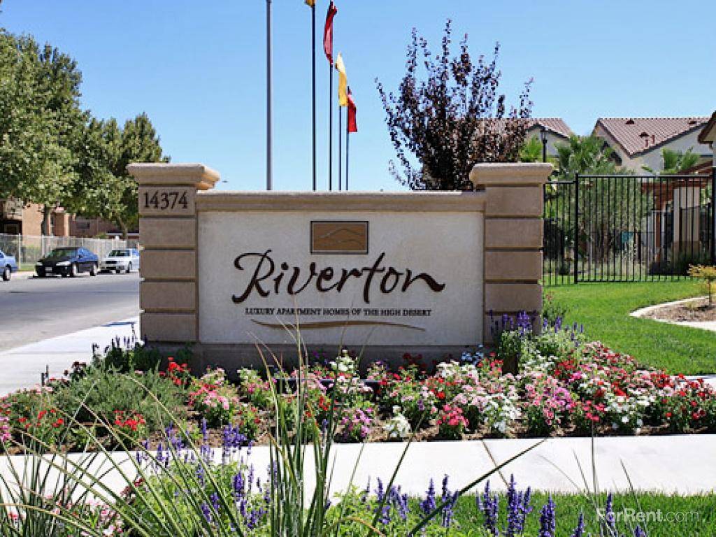 Riverton Apartments photo #1