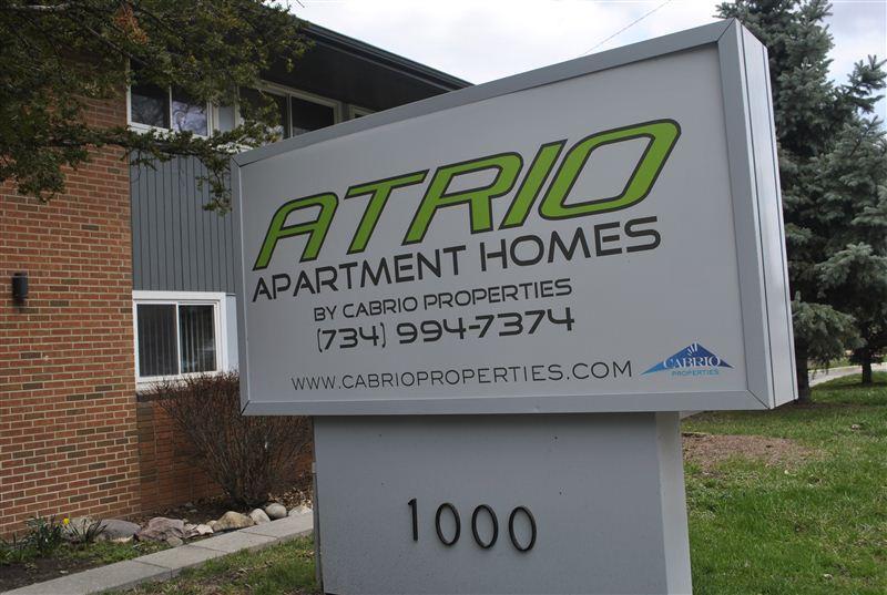 Cabrio Properties Apartments photo #1