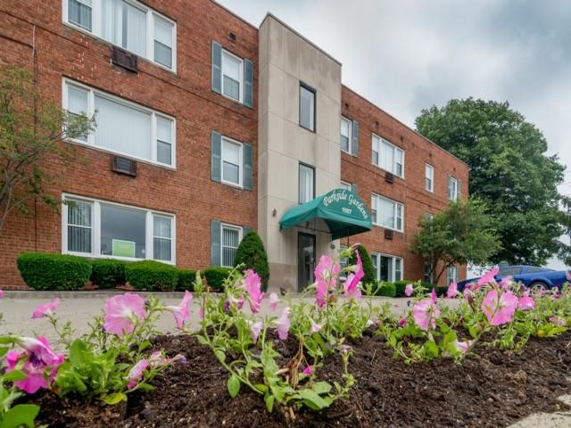 Parkside Gardens Apartments photo #1