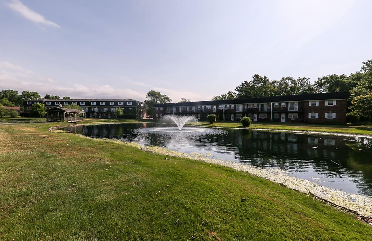 The Hinsdale Apartment Homes Apartments photo #1