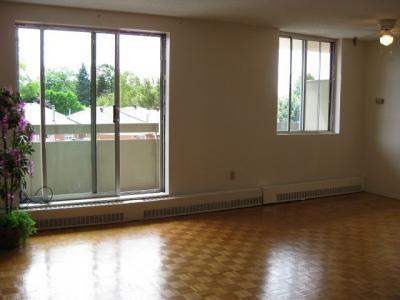 676 King Street Apartments