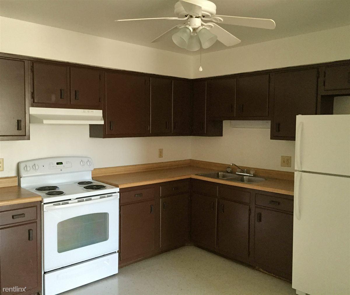 One Bedroom Apartments In Johnson City Tn: Knollridge Apartments, Greeneville TN