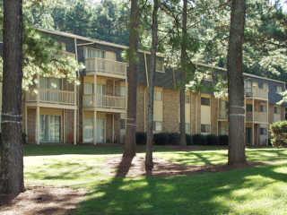 Kensington Manor Apartments photo #1