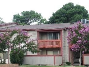 Rent: 535 Beds: 2 Baths: 2 SqFt: 861 Apartments photo #1