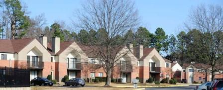 Forrest Pines Apartments photo #1