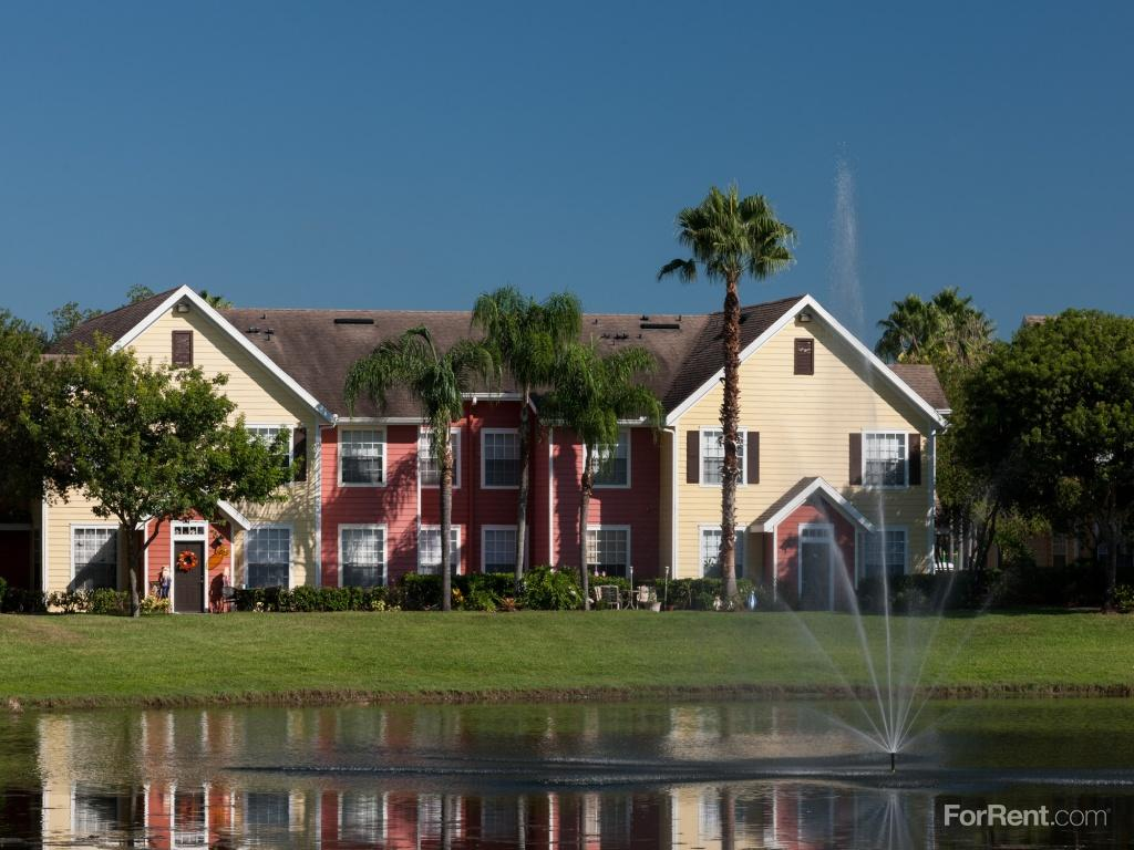 Key Isle at Windermere Apartments photo #1