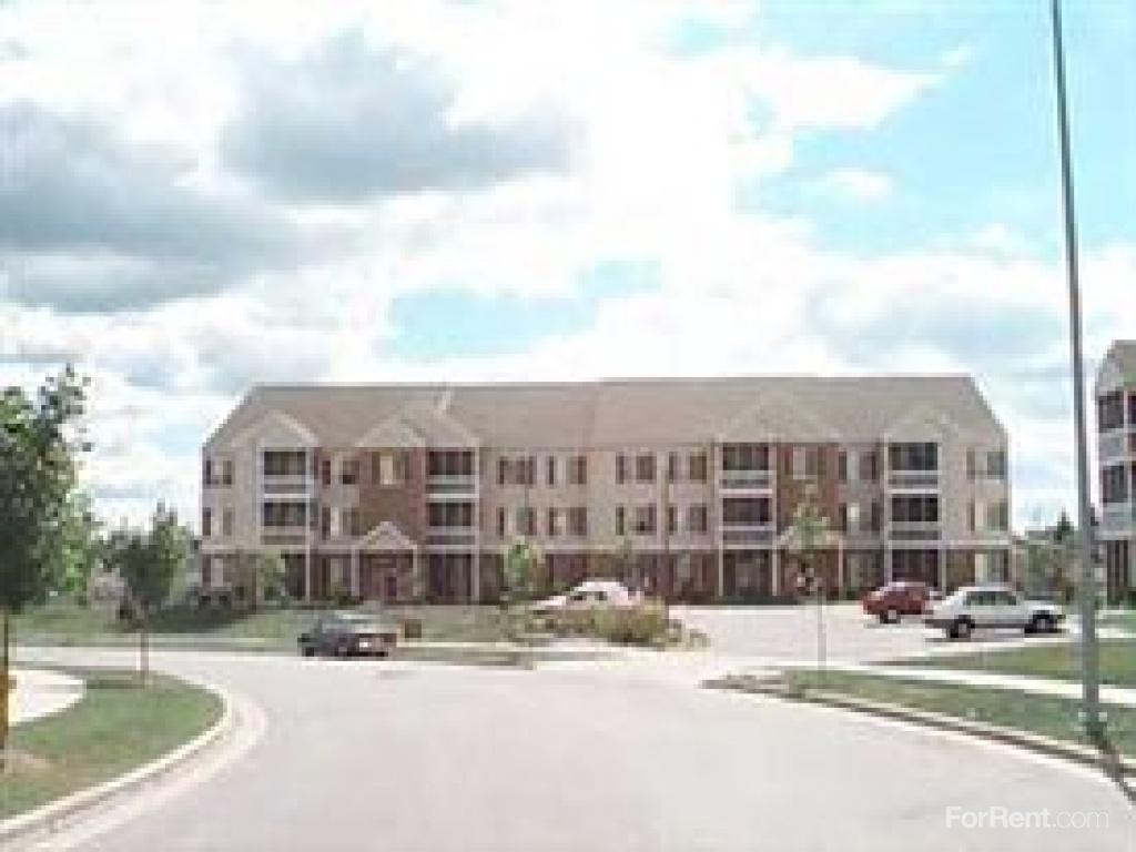 Valley Crossing Apartments photo #1