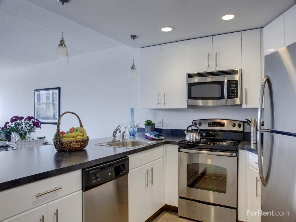 The Soundview at Savin Rock Apartments photo #1