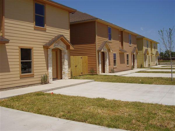 Stone Oak Townhomes Apartments, Harlingen TX - Walk Score
