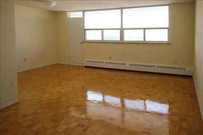 2727 Victoria Park Avenue Apartments