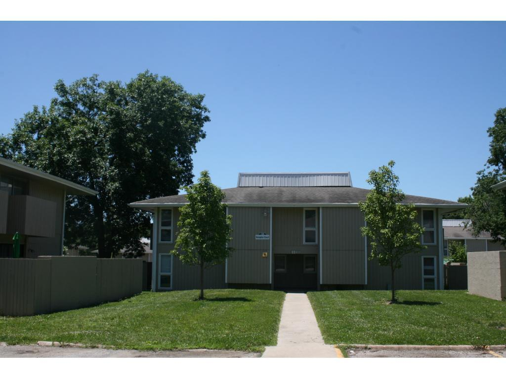 Meadowbrook Apartments Townhomes Lawrence Ks Walk Score
