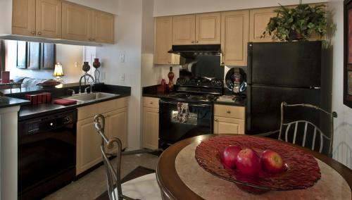 Aventine Silver Spring Apartments photo #1