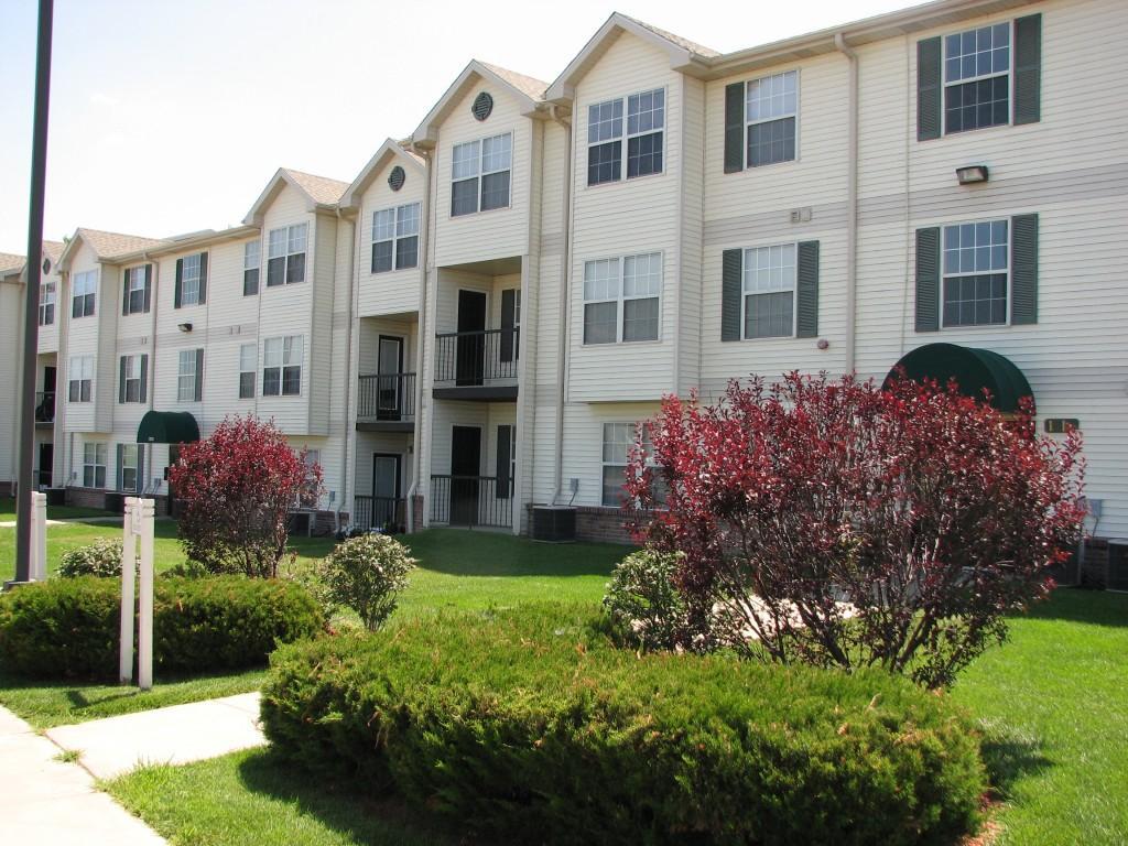 Bridgeport Apartments photo #1