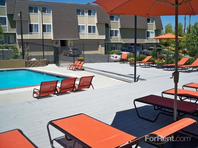 Talus Point Apartments photo #1