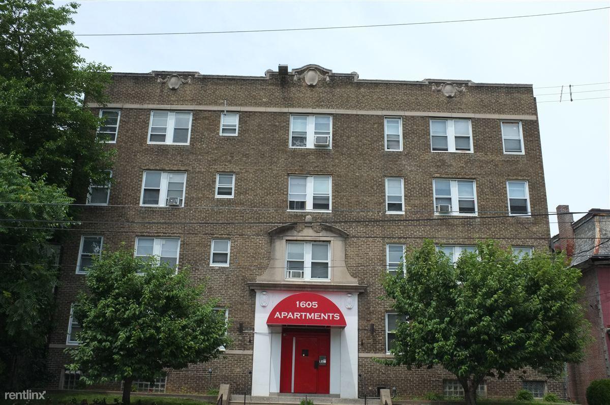 1605 Apartments photo #1