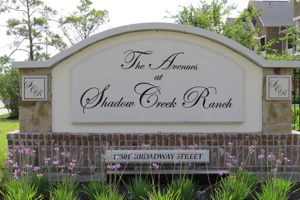Avenues Apartments Pearland Tx