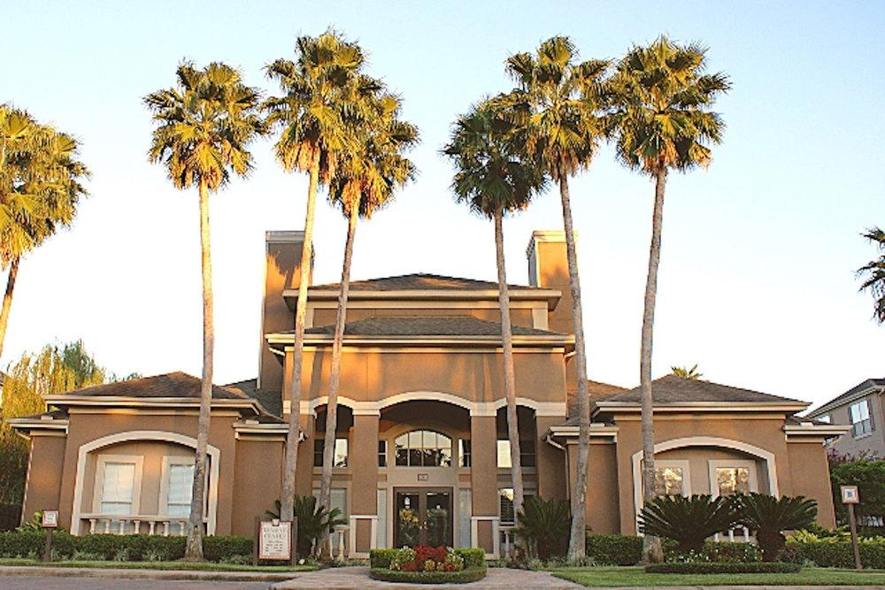 Palms at Clearlake Apartments photo #1