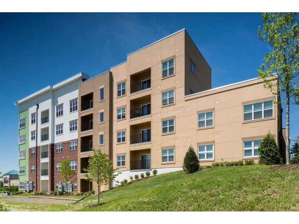 Vanguard Heights Apartments St Louis